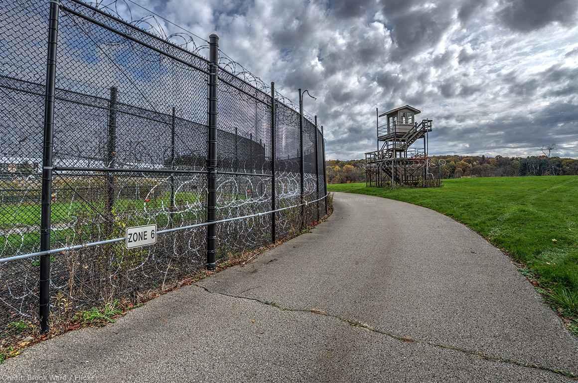 Prison road